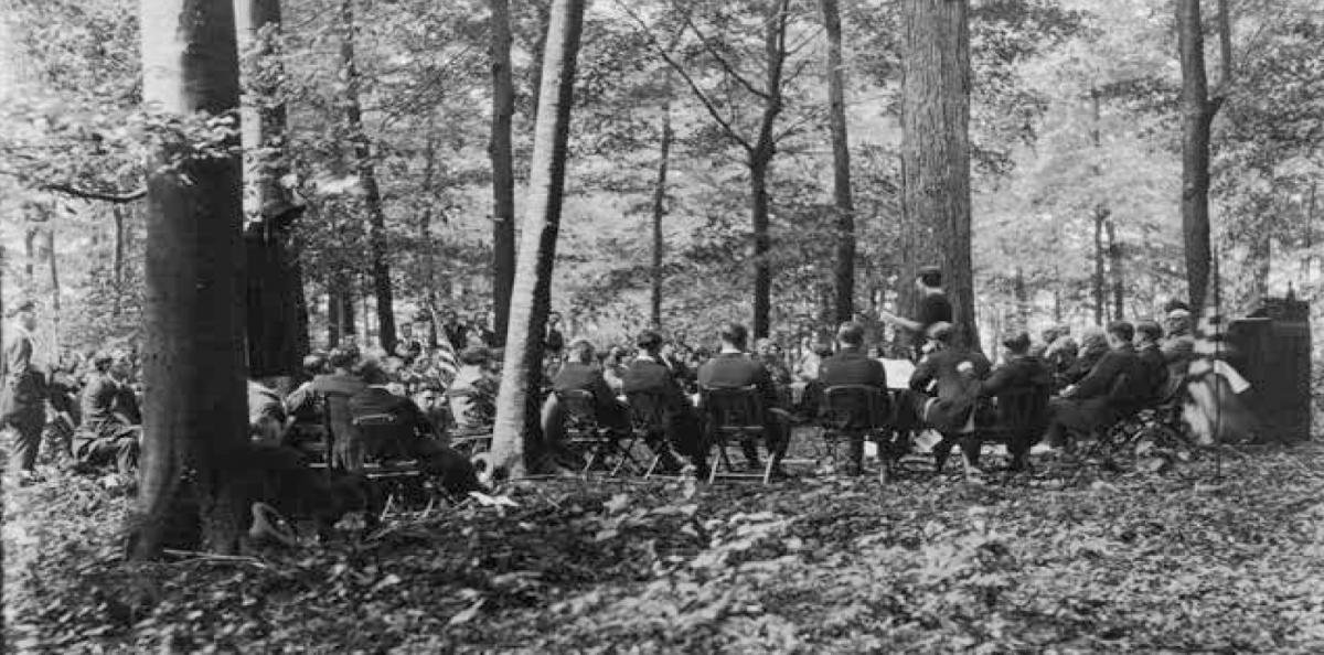 Sabbath service in the Sacred Grove, Palmyra, New York, September 23, 1923. Courtesy CHL.