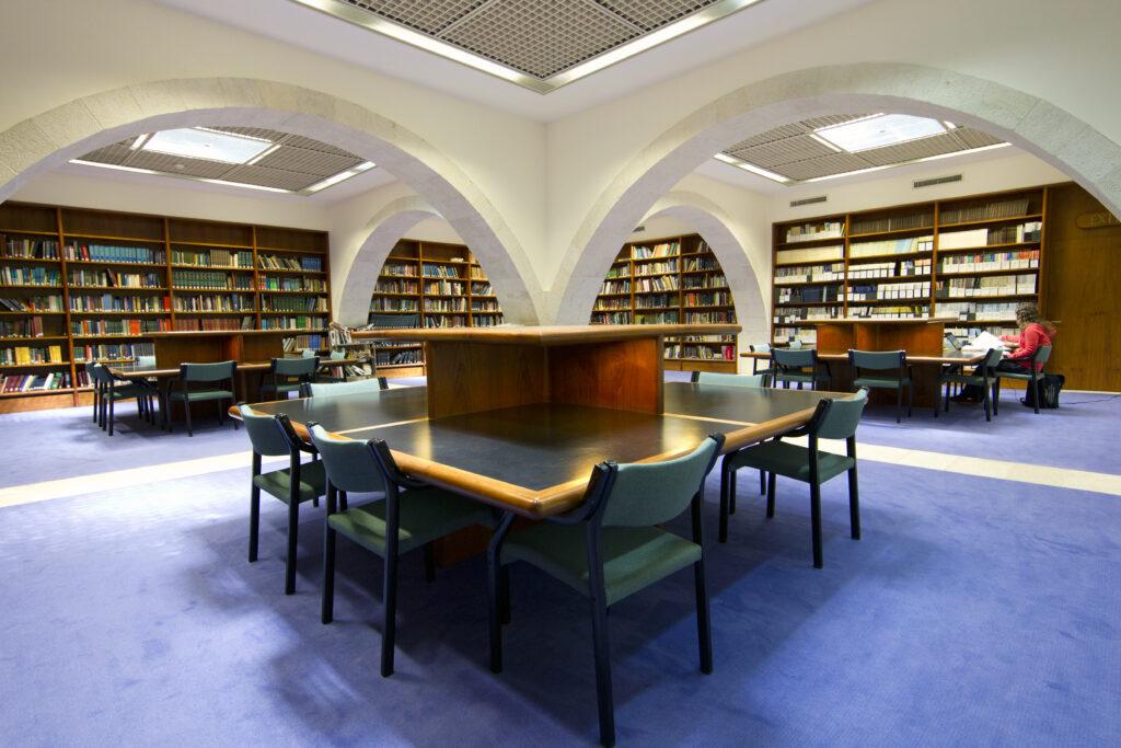 The library at the Jerusalem Center. Photograph by Mark Philbrick. Courtesy BYU Jerusalem Center.
